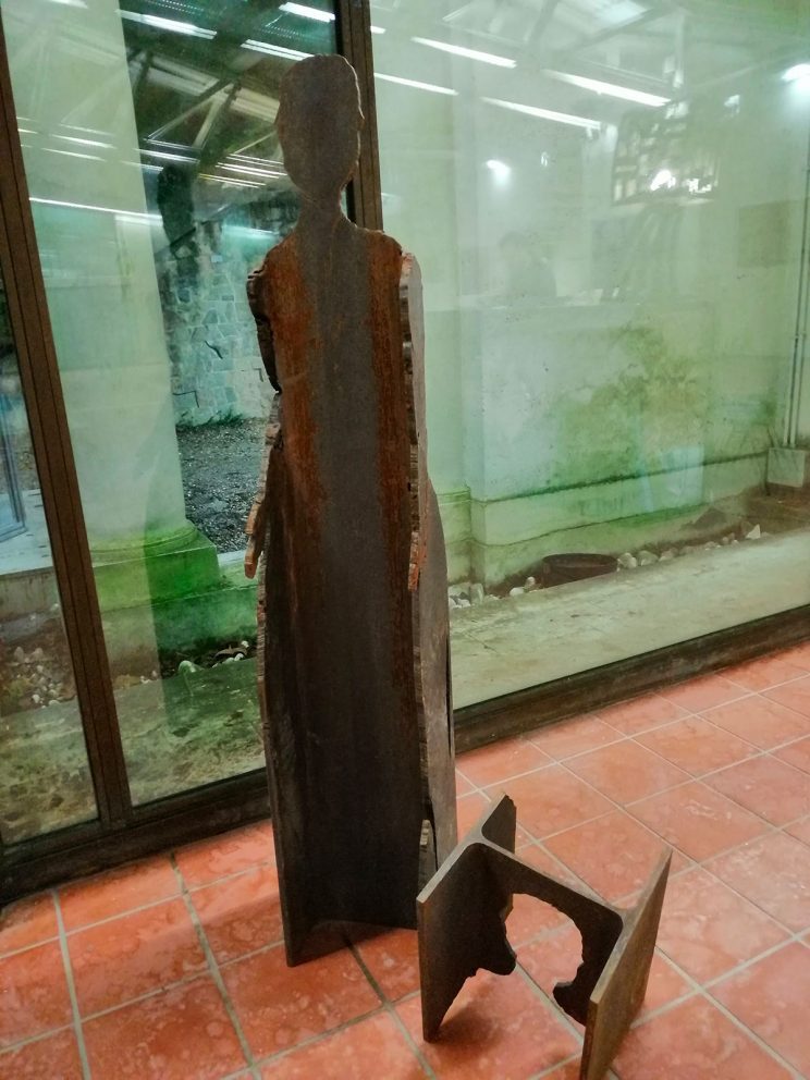 materia PRIMA trave acciaio carpenteria H175